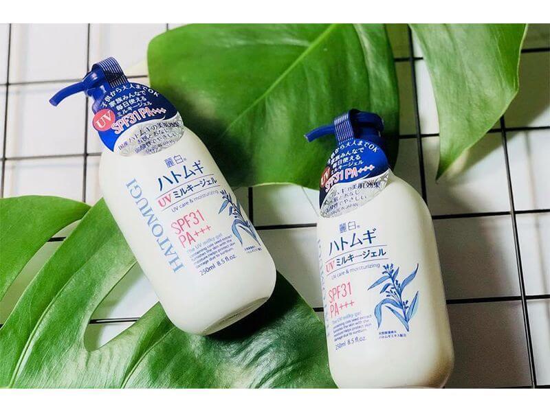 Sữa dưỡng thể chống nắng Hatomugi UV SPF31 PA+++