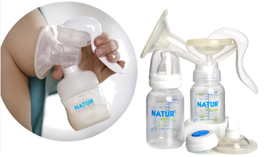 Máy hút sữa bằng tay thiết kế đơn giản, gọn nhẹ