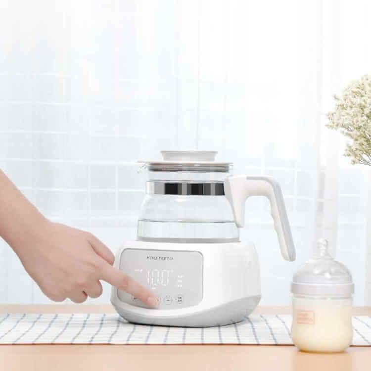Máy đun nước pha sữa Xiaomi với bảng điều khiển hiện đại