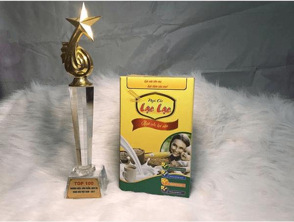 Ngũ cốc lợi sữa Lạc Lạc từng được nằm trong top 100 thương hiệu sản phẩm hàng đầu Việt Nam