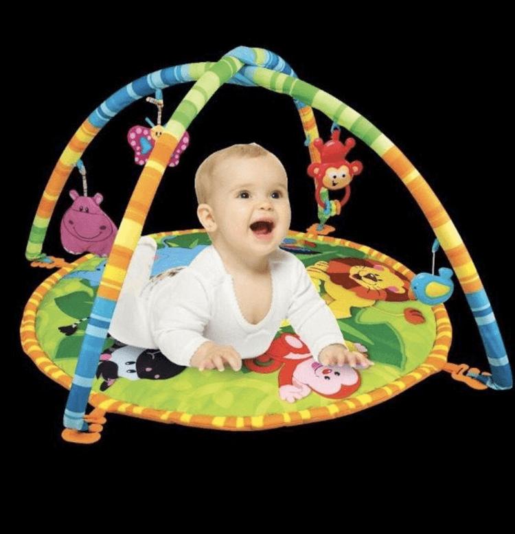 Thảm chơi cho bé Winfun có thêm nhiều phụ kiện đồ chơi độc đáo