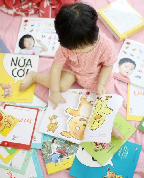 Nên cho bé tiếp xúc với sách Ehon từ khi còn nhỏ