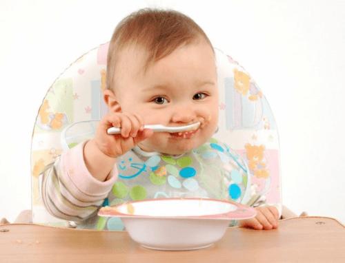 Bột ăn dặm cao cấp Blevit giúp trẻ phát triển toàn diện mà không gây thừa cân hay khó tiêu, chướng bụng
