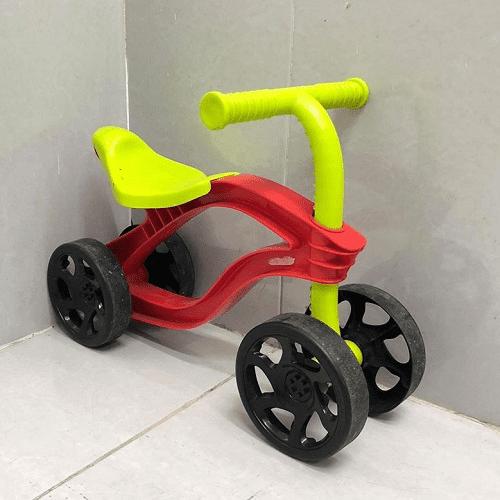 Xe chòi chân Little Tikes là thương hiệu nhận được đánh giá cao từ người dùng