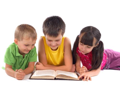 Bé 1, 2, 3 tuổi thích hợp để đọc những cuốn sách thiếu nhi