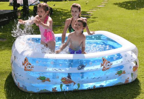 Chọn bể bơi phù hợp với sở thích của bé