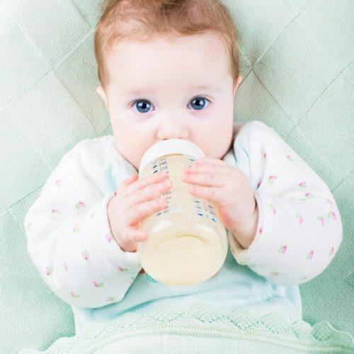 Bé 6-12 tháng cần bổ sung nhiều loại dưỡng chất
