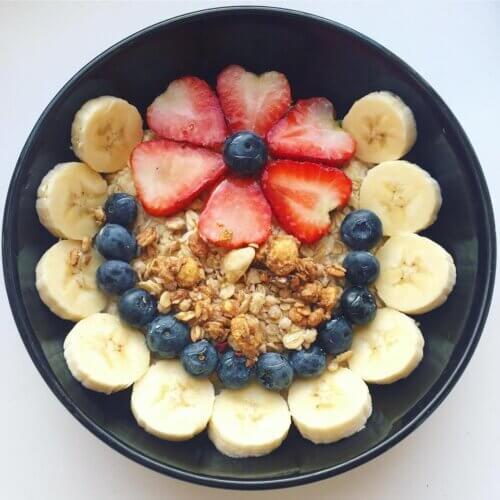 """Ăn cùng hoa quả """"bon miệng"""" hơn"""