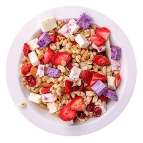 Ăn liền ngũ cốc giòn tan, hoa quả dẻo thơm