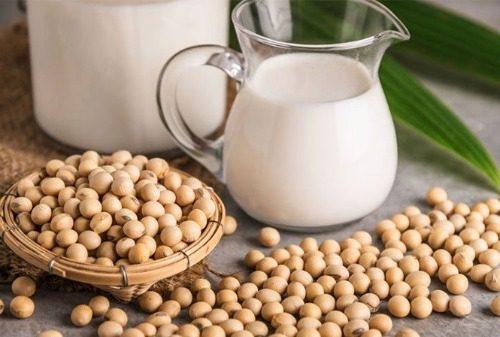 Sữa đậu nành cải thiện bệnh loãng xương ở người cao tuổi