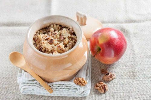Ngũ cốc hạt diêm mạch và quế táo