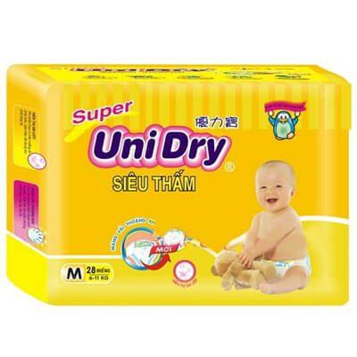 Tã bỉm Unidry có giá thành hết sức cạnh tranh so với các sản phẩm khác trên thị trường