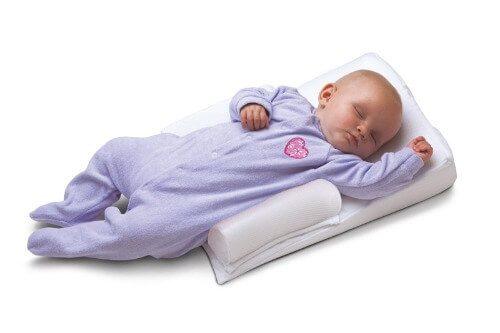 Trẻ có thể ngủ ngon ngay trên gối