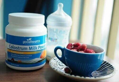 Sữa non cho trẻ sơ sinh khi mẹ chưa có sữa