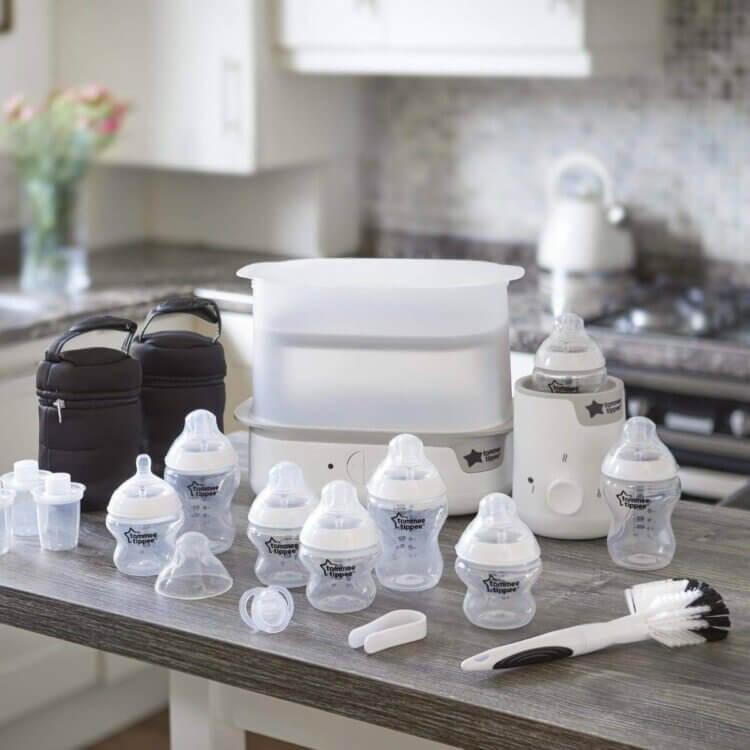 Bình sữa Tommee Tippee đa dạng chủng loại, chất liệu và dung tích