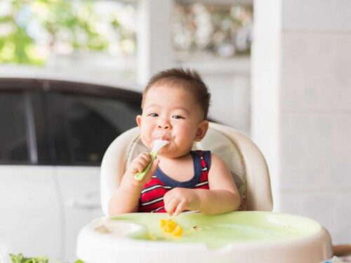 Bé ăn rất giỏi và lớn nhanh khỏe mạnh