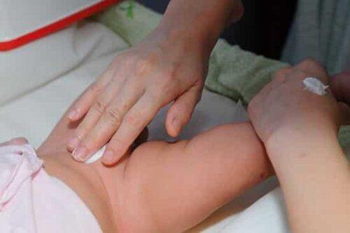 Kem giúp phòng ngừa và điều trị hăm tã cho bé