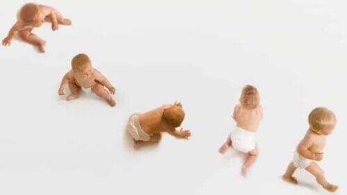 Bỉm đồng hành với các giai đoạn phát triển của trẻ