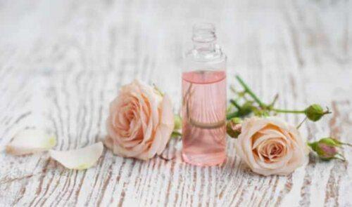 Nước hoa chiết xuất từ thiên nhiên