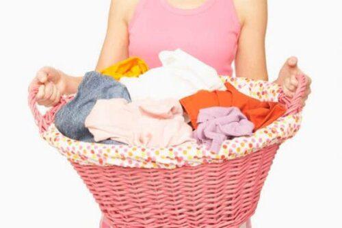 Mẹ nhớ giặt sạch và phơi khô đồ trước khi dùng