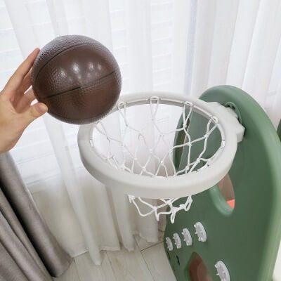 cầu trượt Có kèm theo bóng rổ