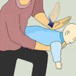 Cách xử lý sặc sữa cho trẻ sơ sinh