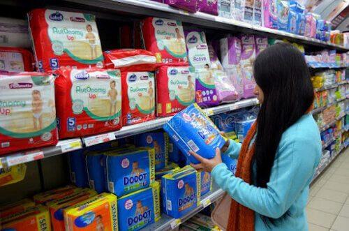 Kinh nghiệm mua bỉm cho trẻ sơ sinh rất cần thiết