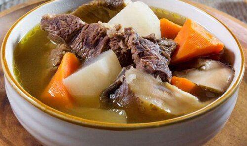 Thịt bò chế biến được rất nhiều ngon món như thịt bò xào, bò lagu, bò kho,…